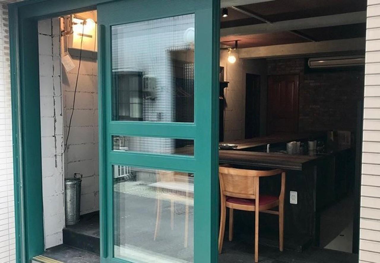 神戸トアウエスト路地裏の食卓...神戸市中央区下山手通3丁目に「ヴィーコロ」12/16オープン