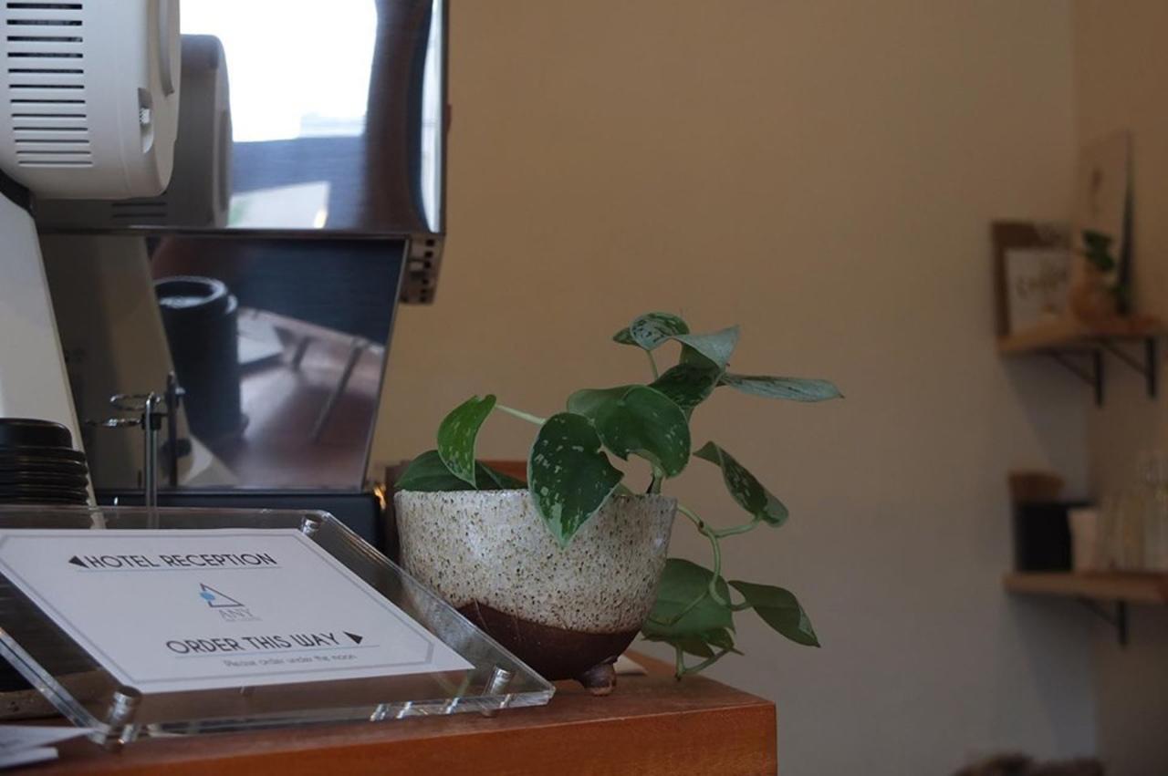 物語を紡ぐ場所。。奈良県奈良市西城戸町に宿とカフェ『ANY B&B + COFFEE』本日オープン