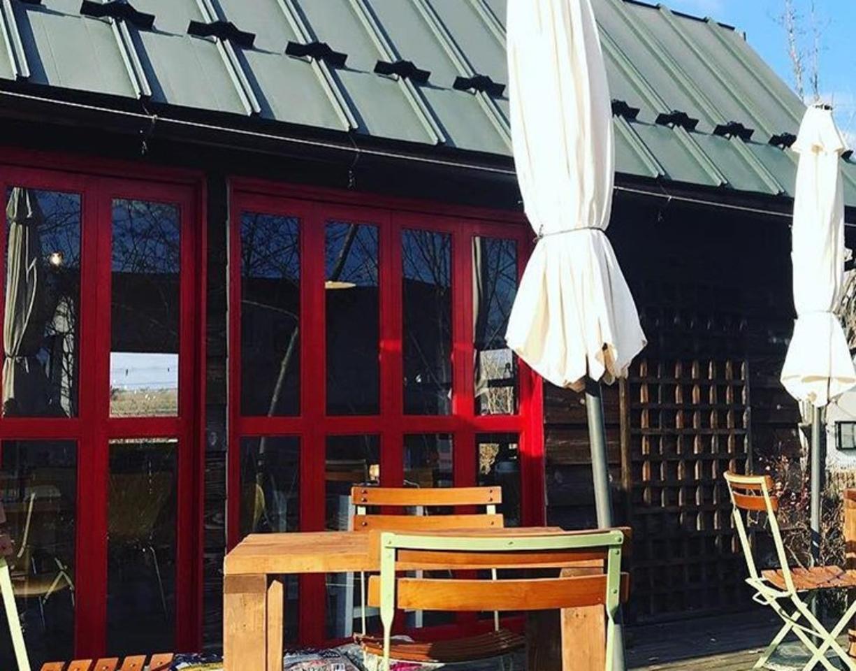 素敵なモノと皆様を繋げるきっかけ...岩手県一関市滝沢字鶴ヶ沢にカフェ『フック』3/25プレオープン