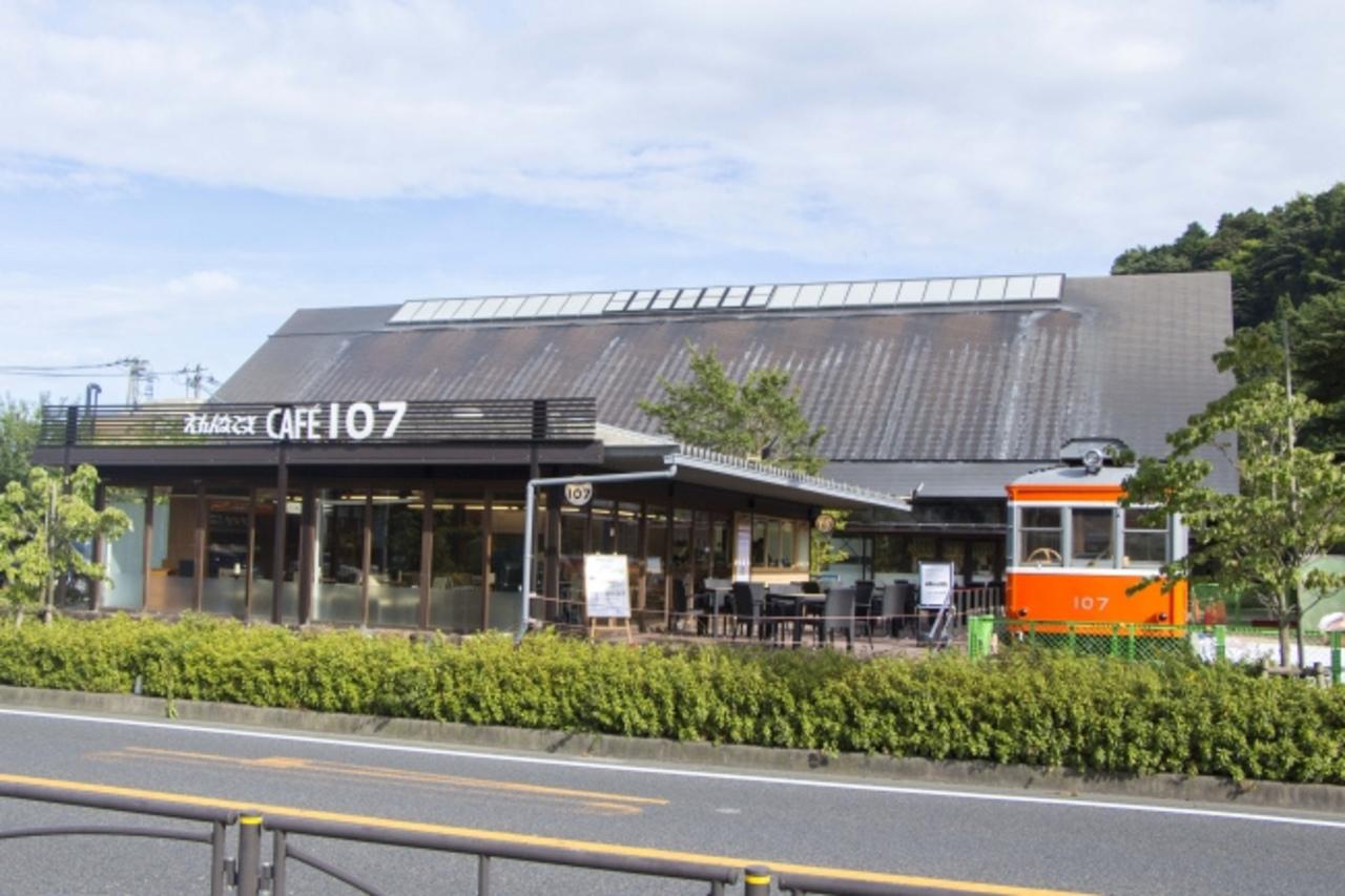 引退車両がカフェに...神奈川県小田原市風祭に「えれんなごっそカフェ107」9/8グランドオープン