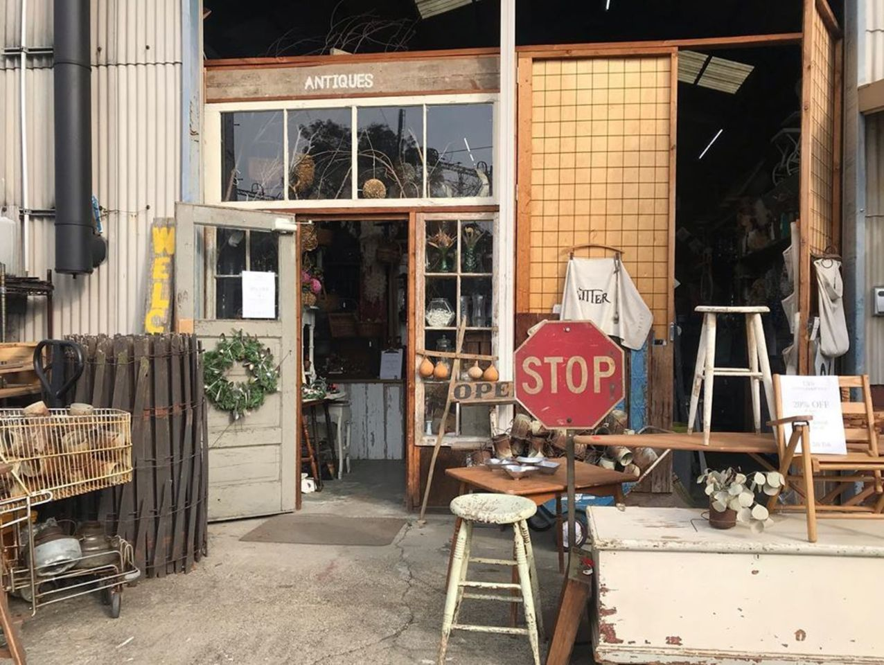 【 GLITTER 】アンティーク雑貨(名古屋市中川区)