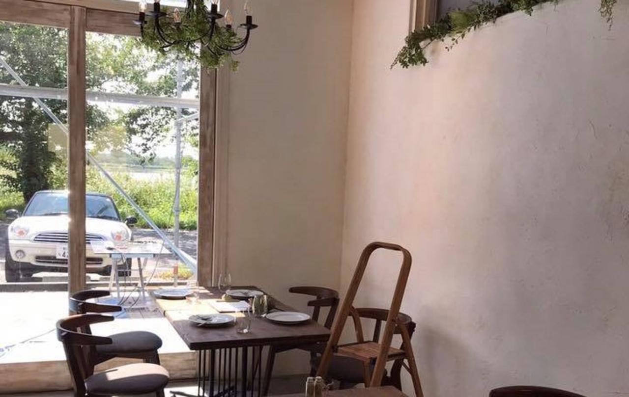 モルタル造形のお洒落なカフェ...中央区神道寺南に『フラグレット』9/20プレオープン