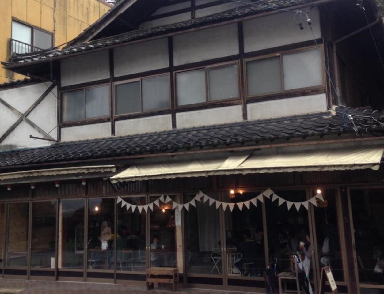 開業80年余の土産物店天竜堂を再生...『テンリュウ堂』
