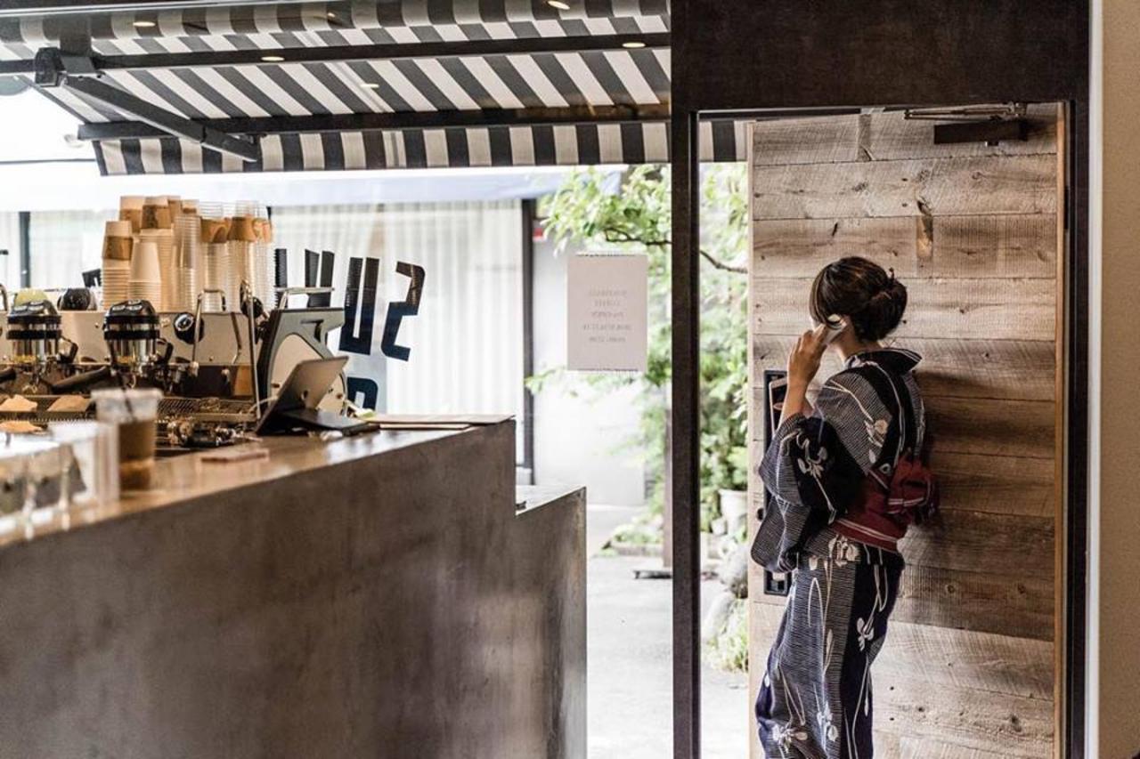 浅草に着物バリスタのコーヒースタンド「スケマサコーヒー」本日グランドオープン