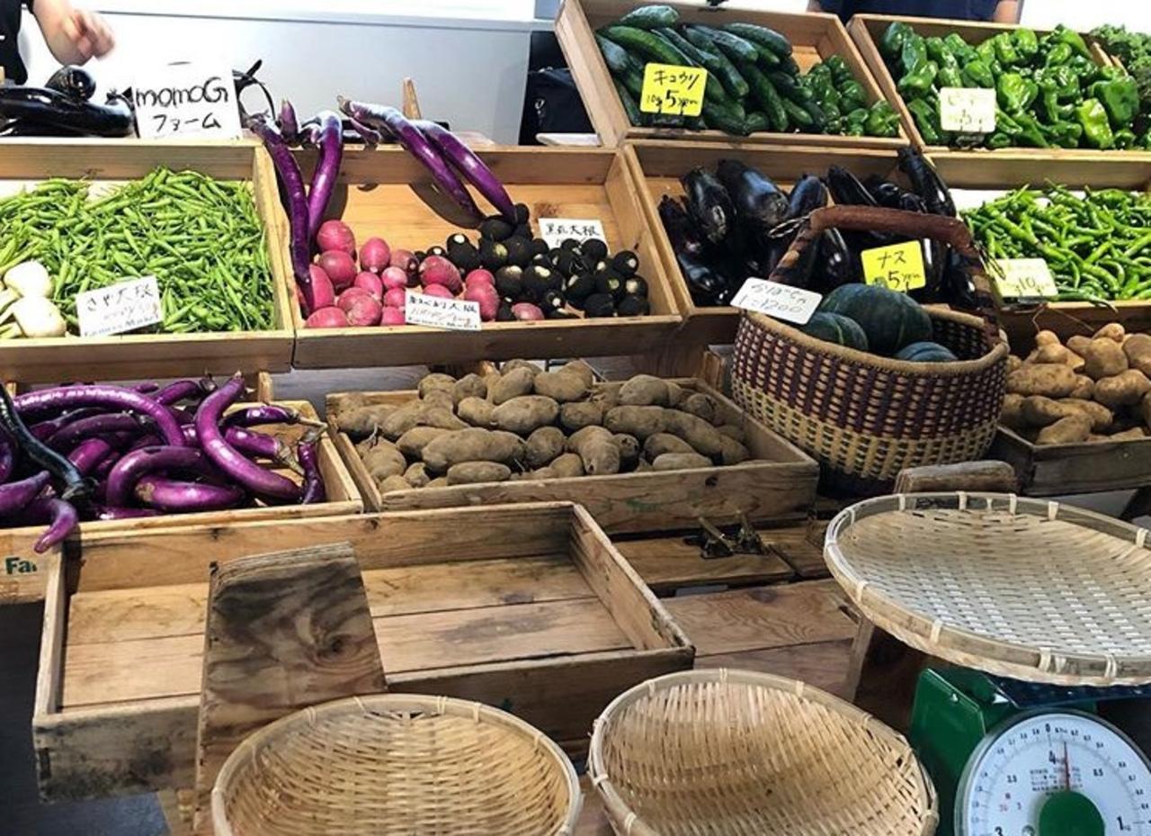 東京の青山(UNU:国連大学前)で毎週末開催される「ファーマーズマーケット」