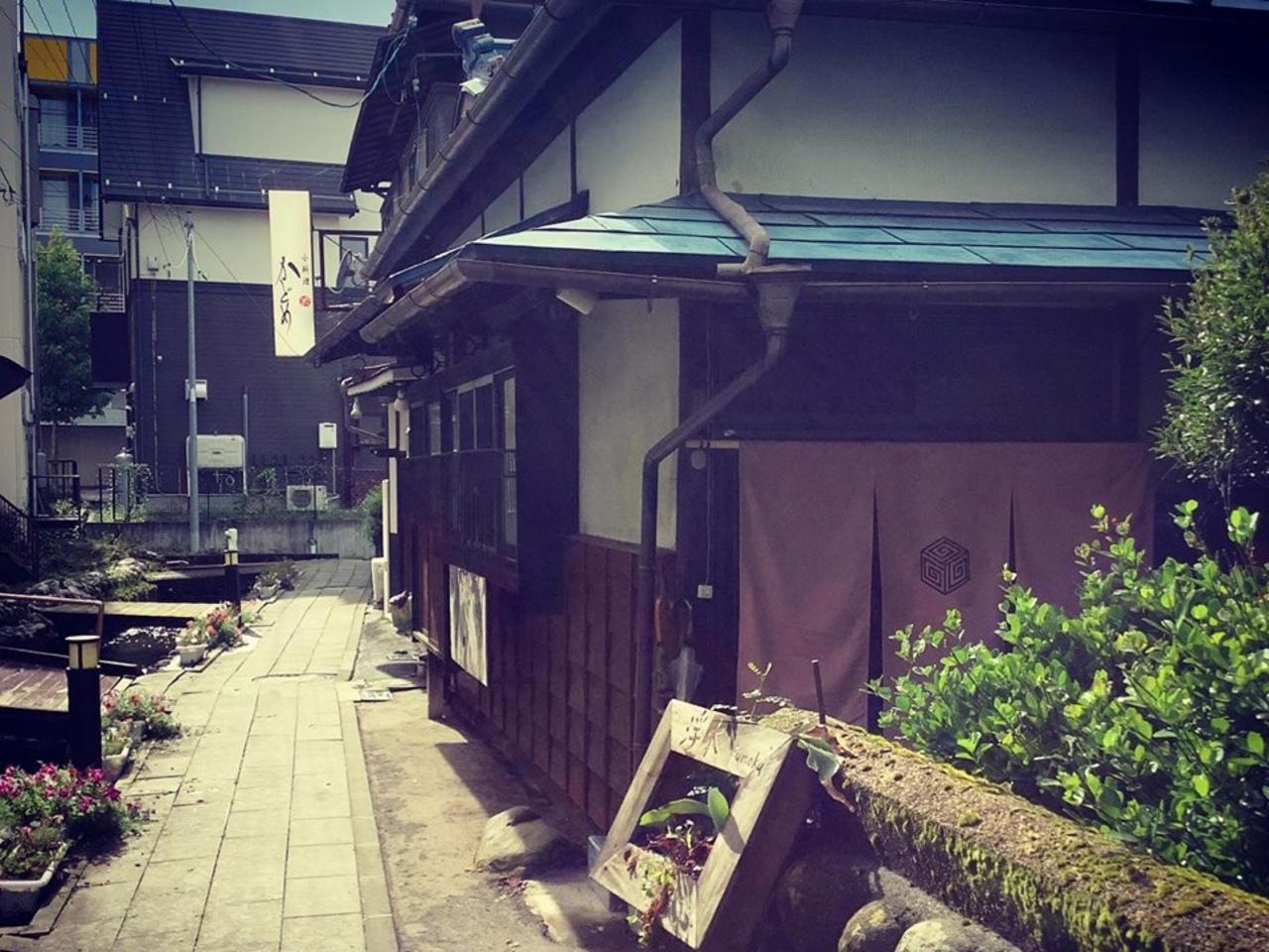 カフェとバーとゲストハウス...長野県茅野市ちのに古民家カフェ『ふもく』プレオープン