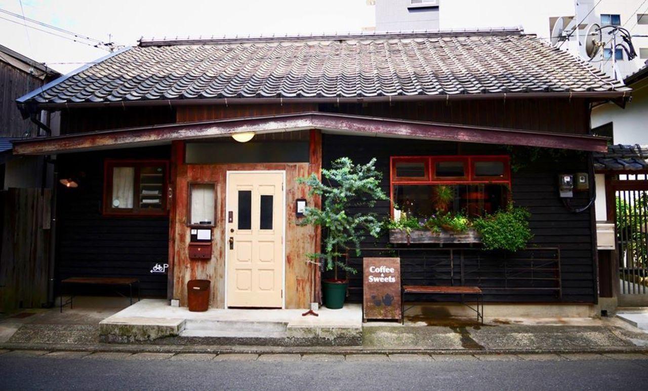 古民家を改装したカフェ。。福岡県福岡市西区姪の浜6丁目の『オオカミの口』