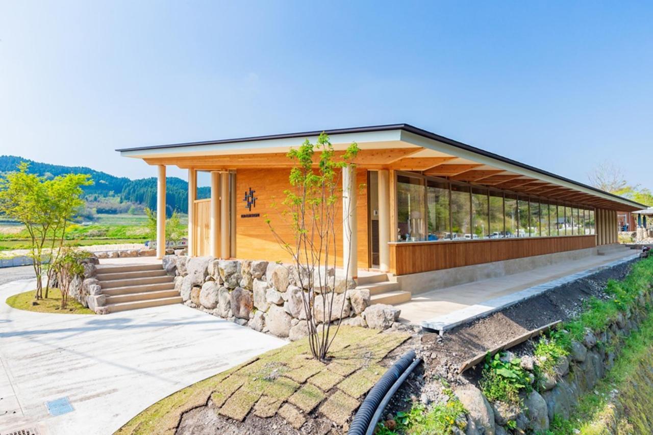 大分県竹田市直入町の長湯温泉に木をふんだんに使った「クアパーク長湯」本日グランドオープン!