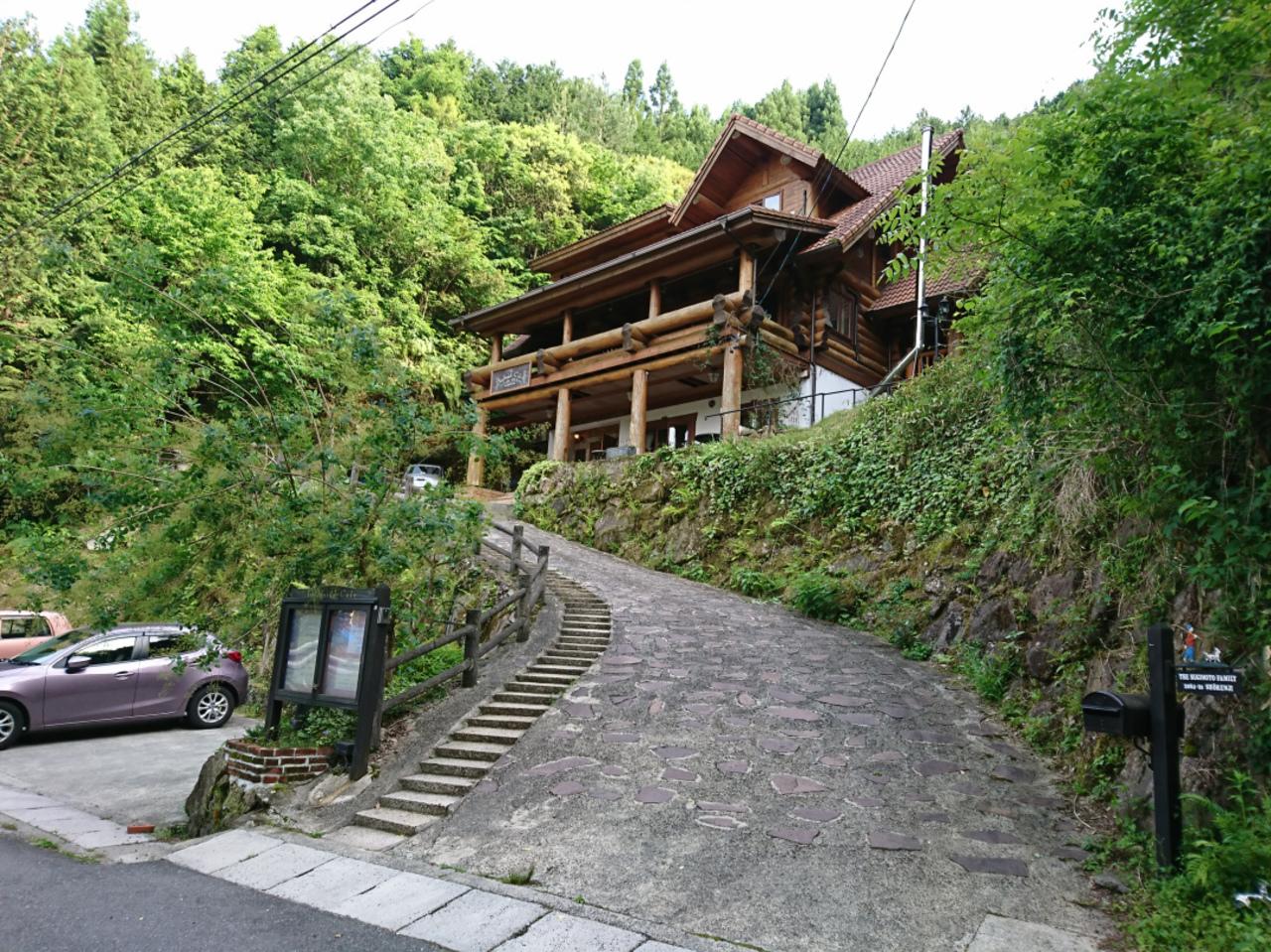 青蓮寺湖畔のIngle side Cafe。。。