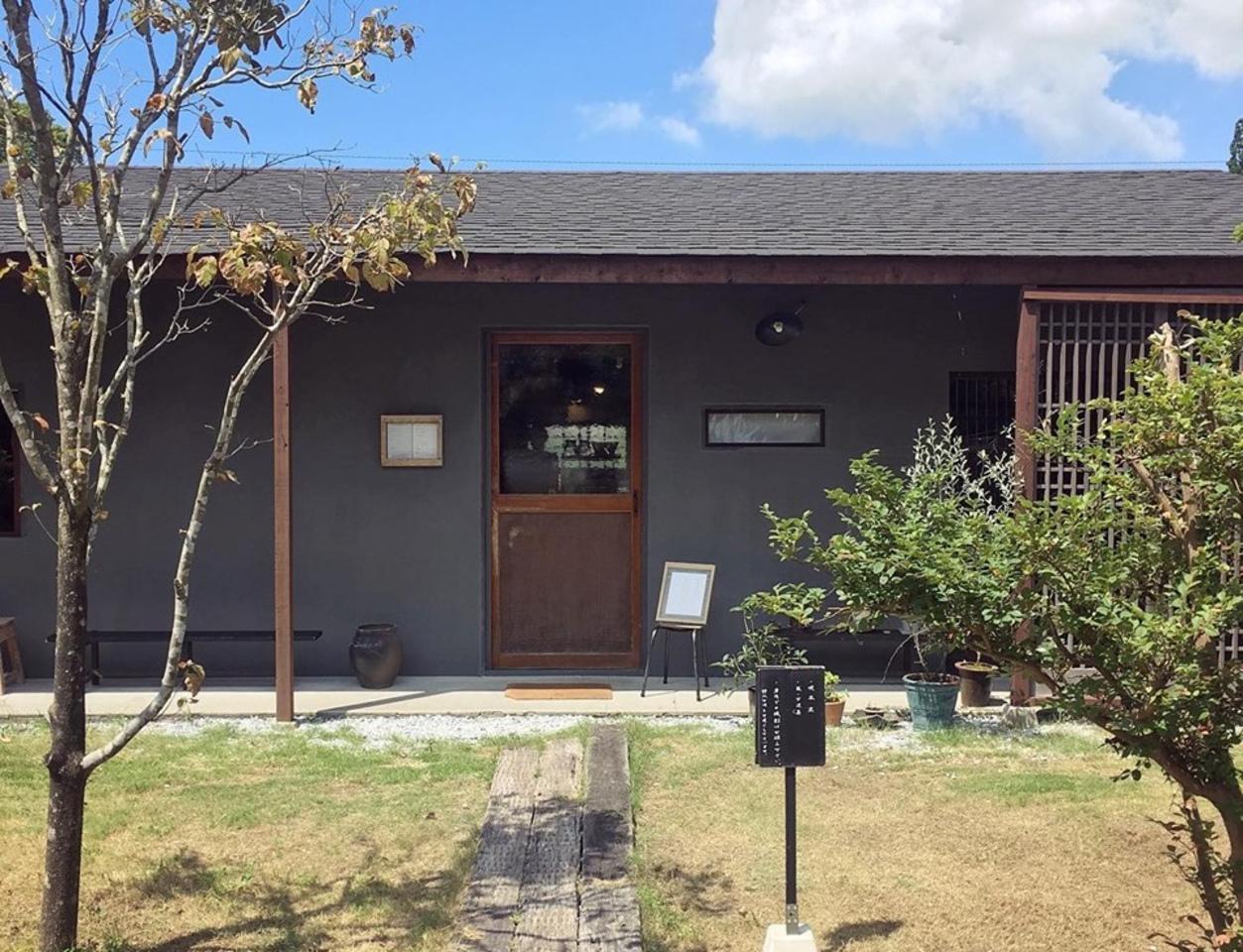 喫茶室と暮らしの道具店。。鹿児島県日置市東市来町美山の『夏ノ庭』