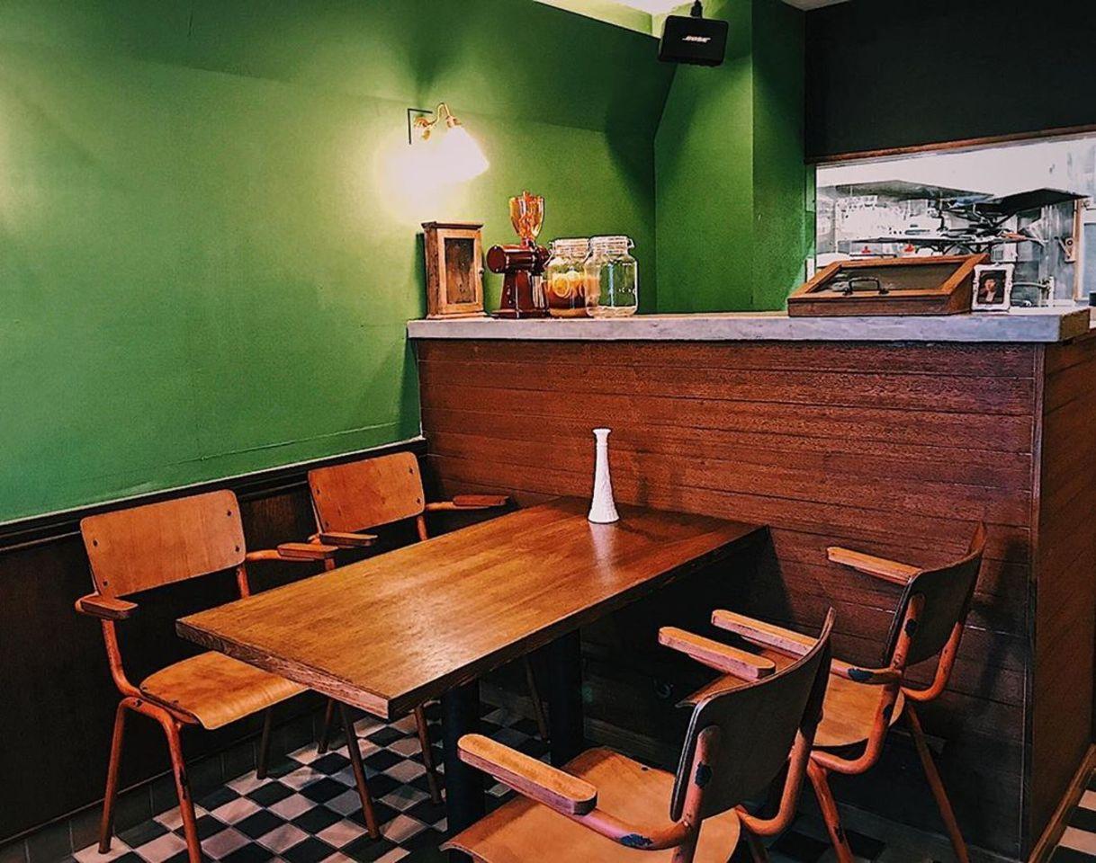 東京都台東区蔵前4丁目に「バーガー喫茶 チルトコ」が6/2~プレオープンされているようです。