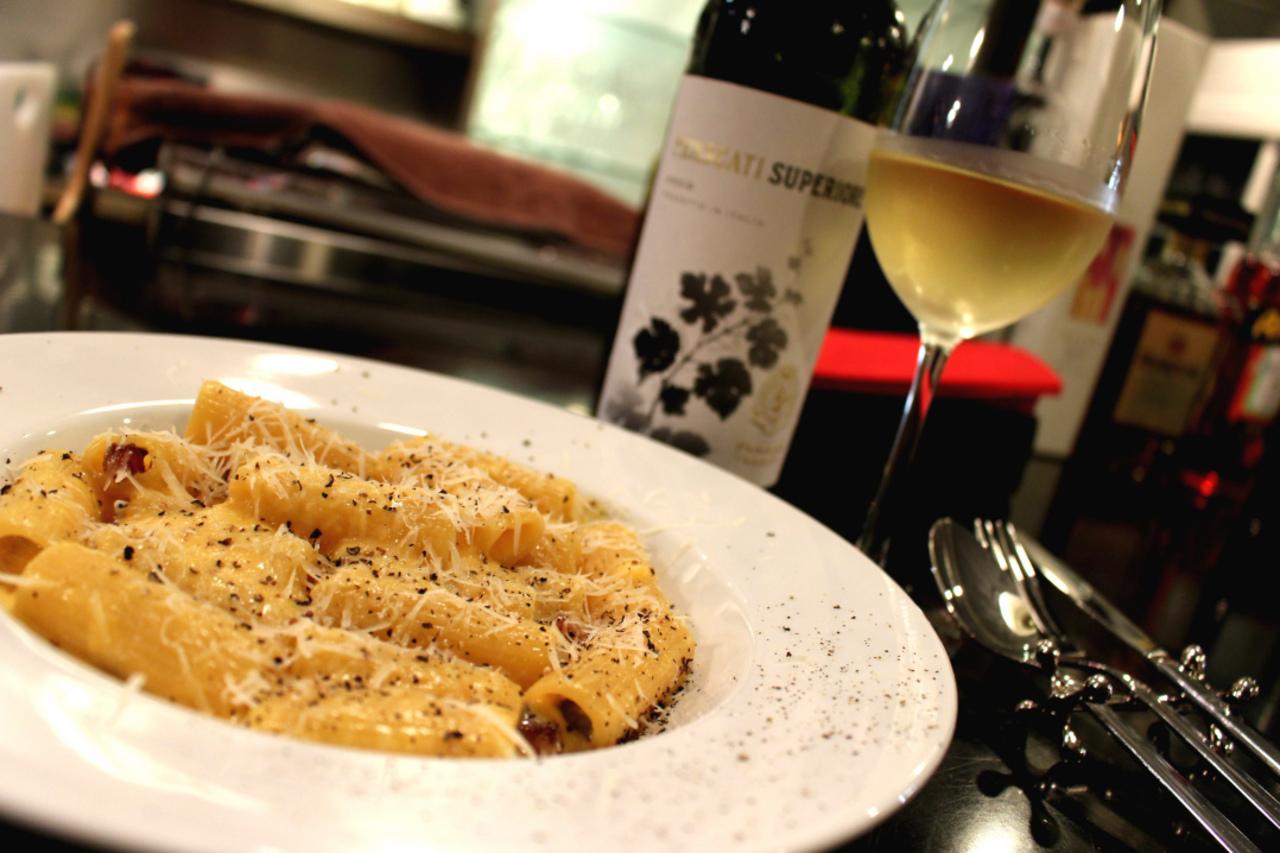28206ワインとイタリア郷土料理 L'Osteria