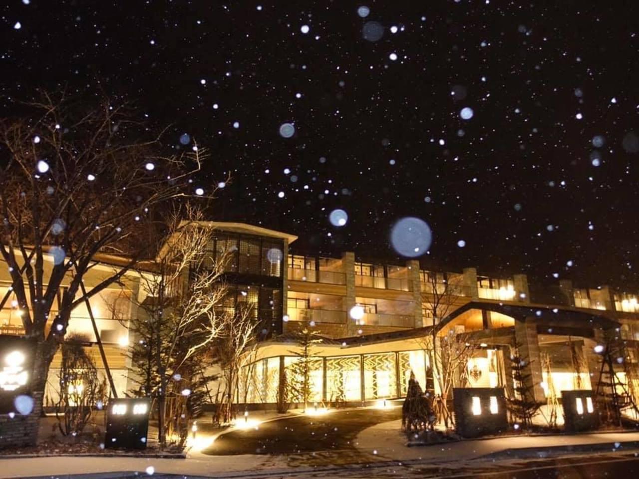 北海道千歳市の宿『しこつ湖鶴雅別荘 碧の座』