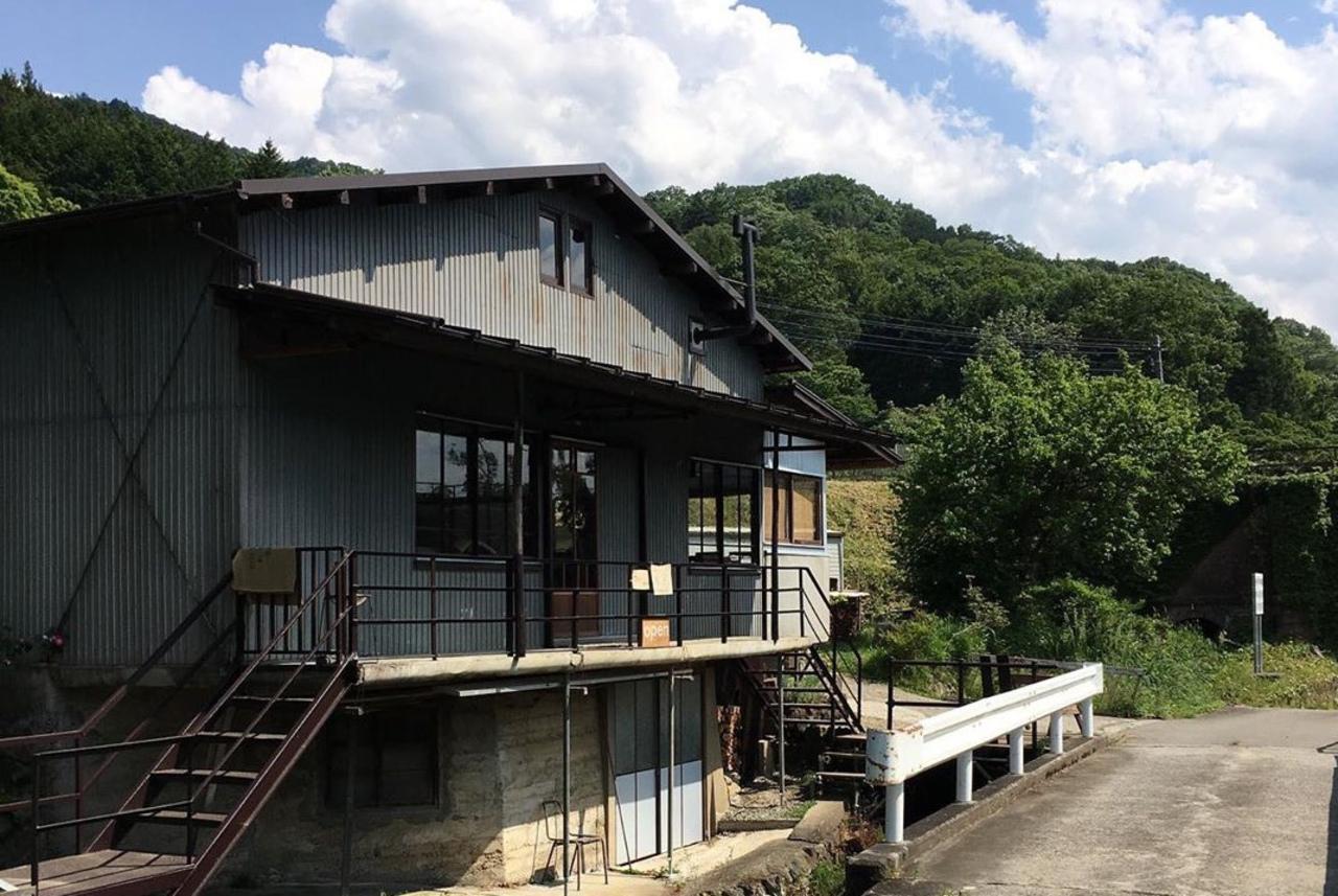 山梨百名山の一つ、九鬼山麓のカフェ。。山梨県都留市井倉の『オリミズ』