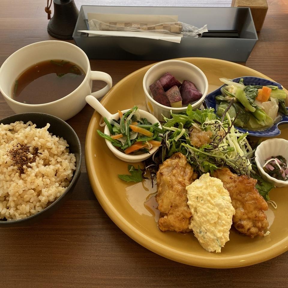 [栗東駅]オモヤキッチン 農家の昼ごはん