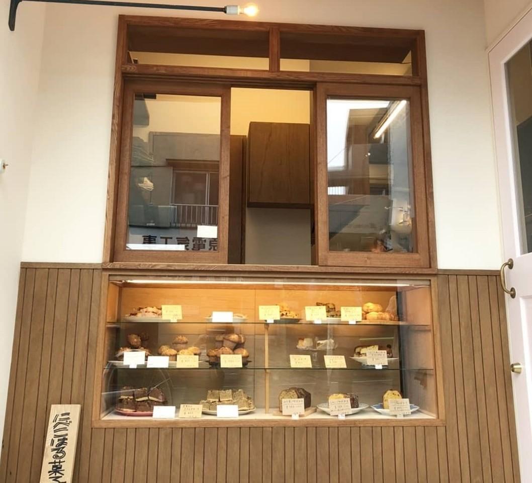 テイクアウト専門の焼き菓子屋。。東京都練馬区関町北2丁目に『にべこはる菓子店』5/11オープン