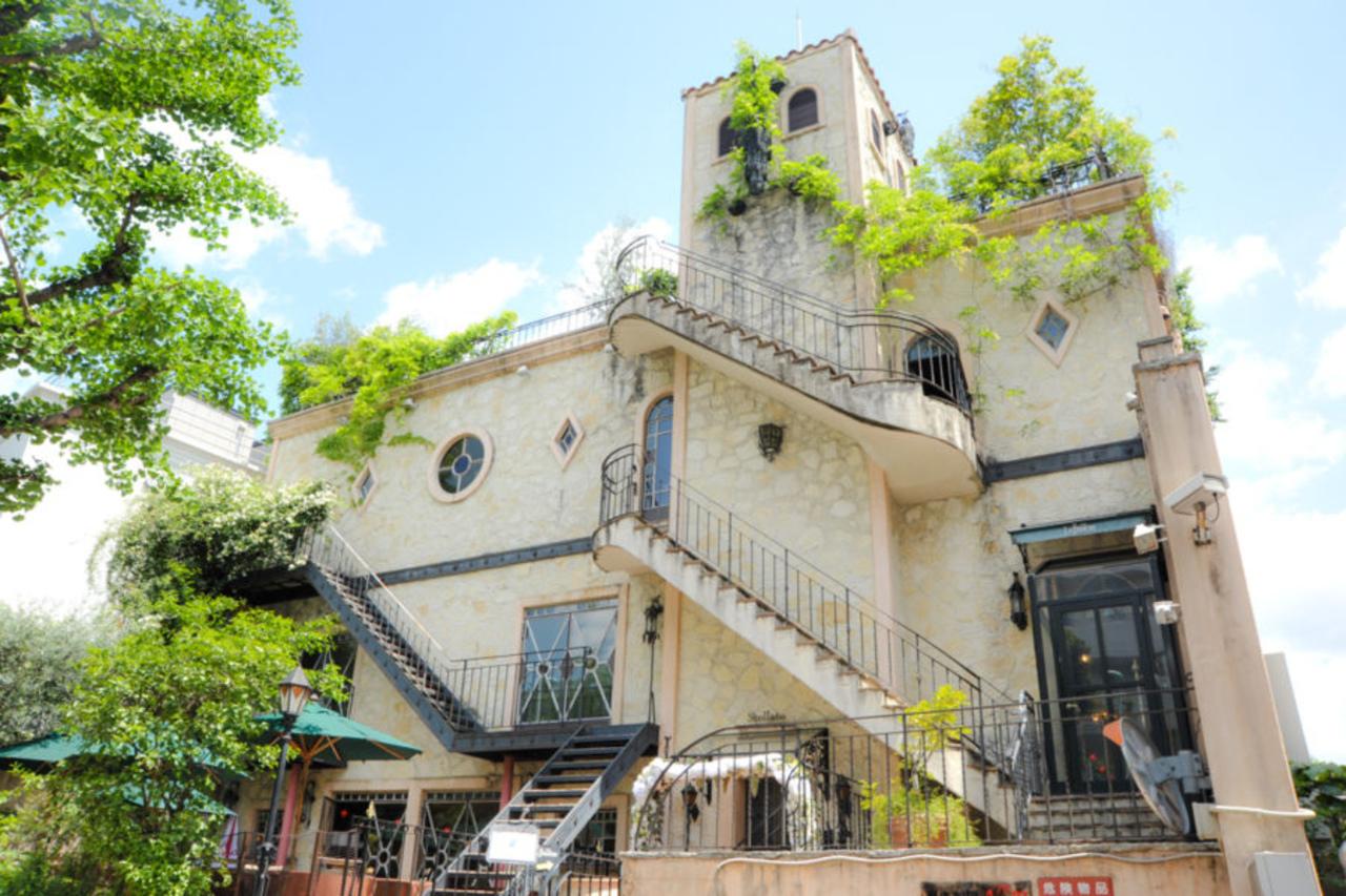豪華な造りの一軒家イタリアン...東京都港区白金台4丁目の「カフェ ラ・ボエム 白金」