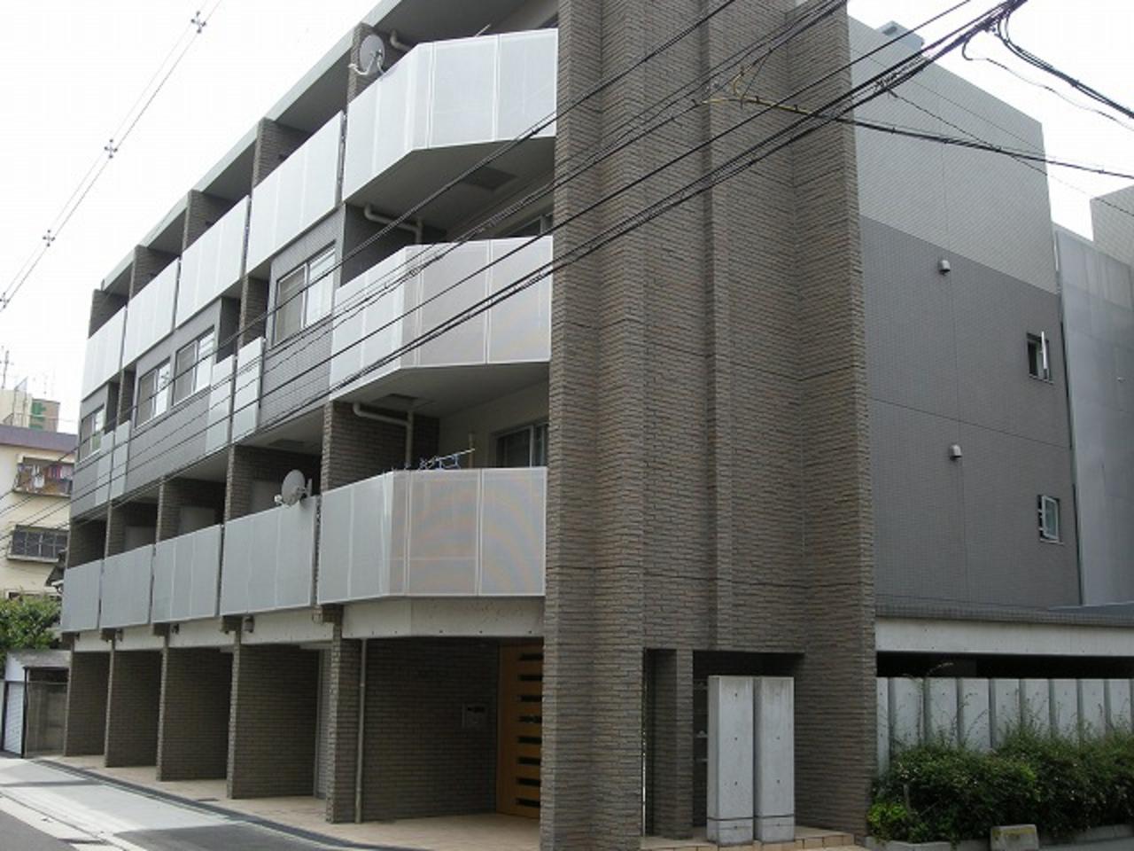 東淀川区豊新の車庫付デザイナーズマンション♪