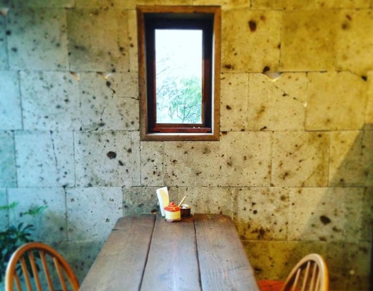 できる限り大地に優しい素材のパンを。。兵庫県三田市高次1丁目の『キビトパン』