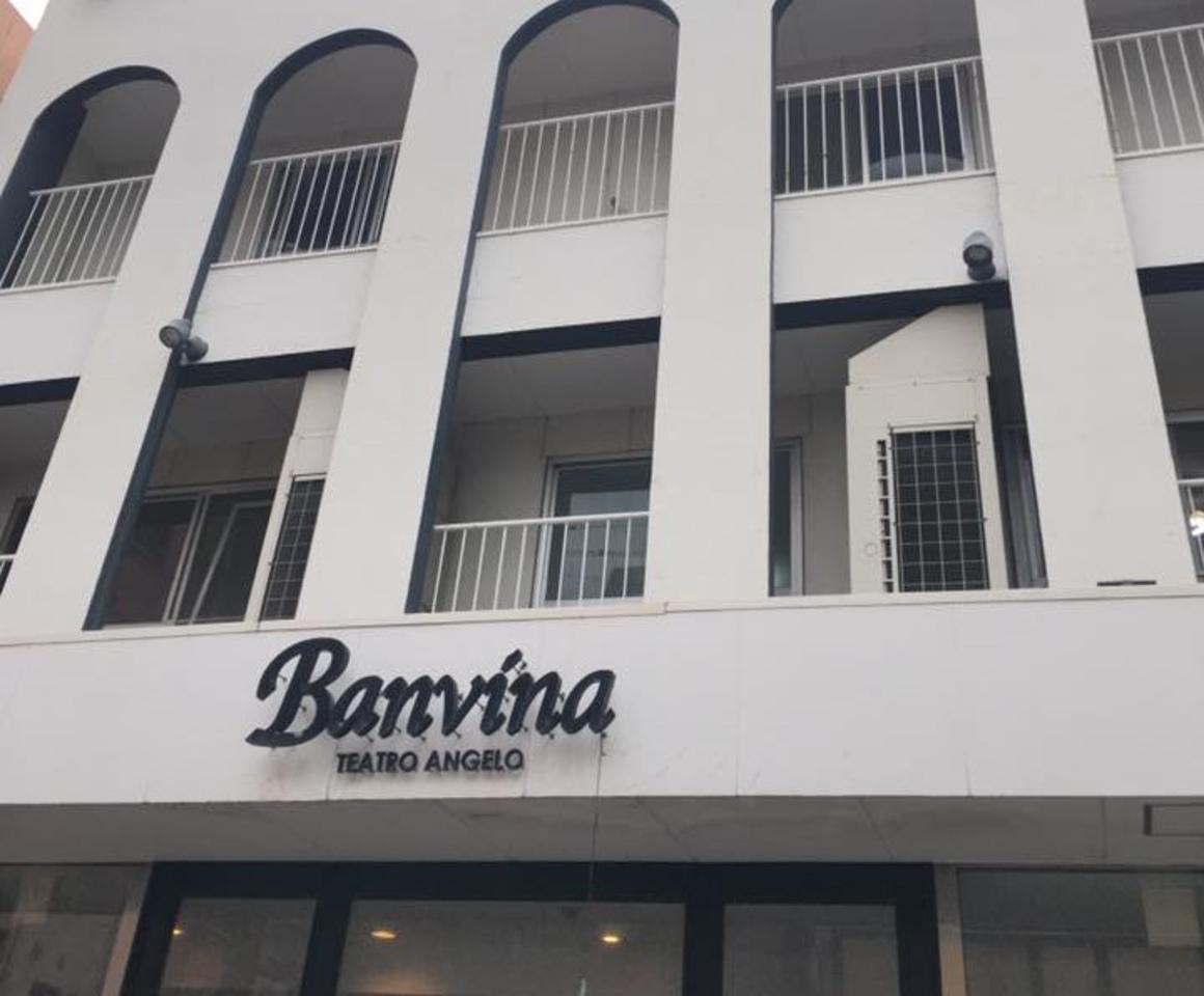 鹿児島市中央町に「ゲストハウス  バンビーナ & カフェ テアトロアンジェロ」昨日プレオープン