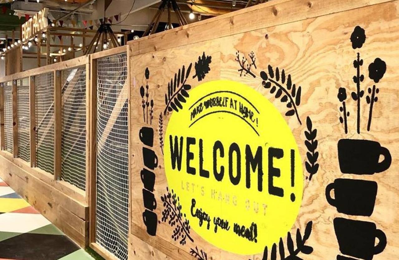 アウトドアな雰囲気「エイトパークカフェららぽーと名古屋みなとアクルス店」9月28日オープン!
