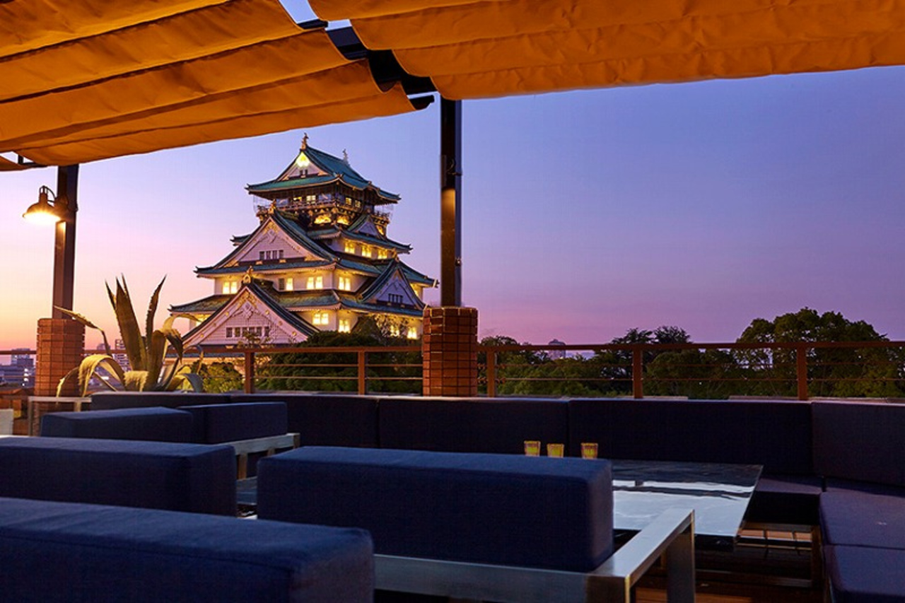 大阪城天守閣前「BLUE BIRDS ROOF TOP TERRACE」GRAND OPEN!
