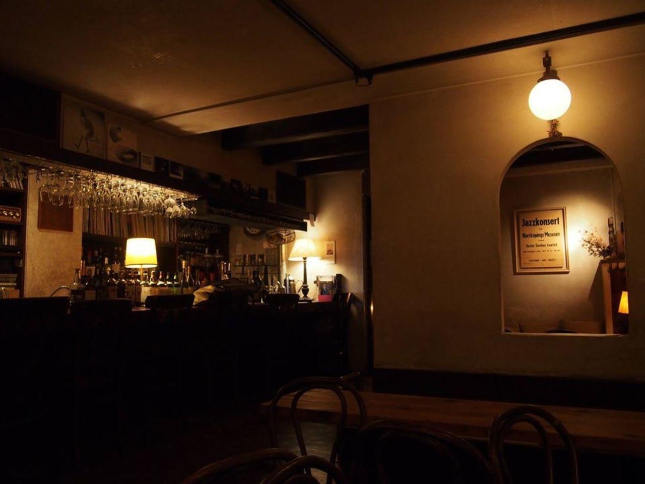 成城の街に佇む隠れ家的なカフェ&バー...東京都世田谷区成城6丁目の「カフェ・ブールマン」