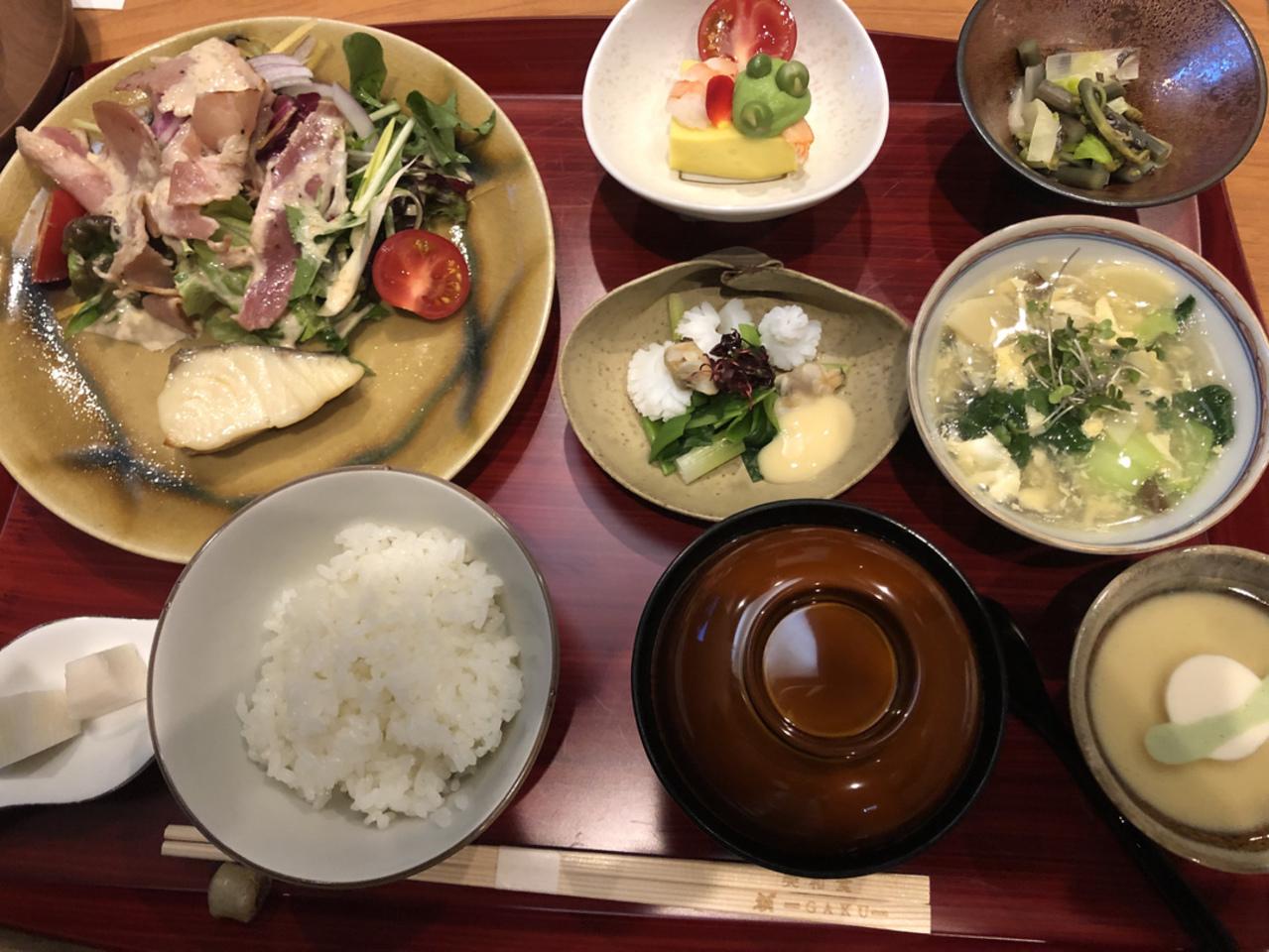 【額 美和食】