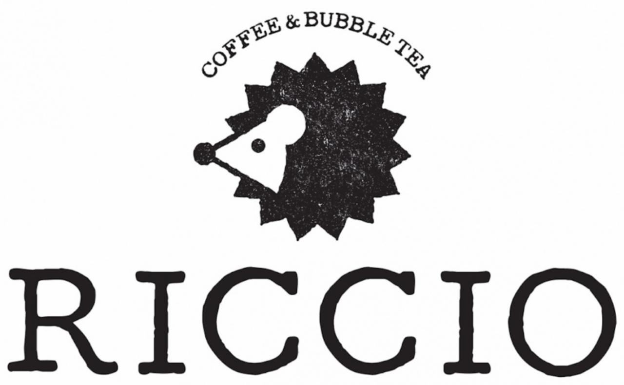 ハリネズミカフェでほっこり...JR摂津富田駅近くにコーヒー&バブルティー『RICCIO』オープン。