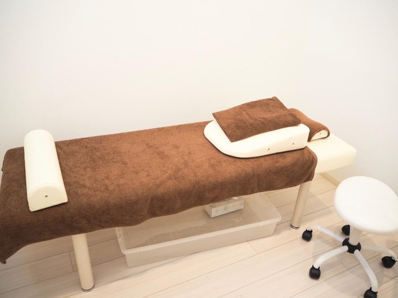 当院人気の整体 骨盤 EMSバランスコースが特別価格2480円にてご提供させて頂きます。