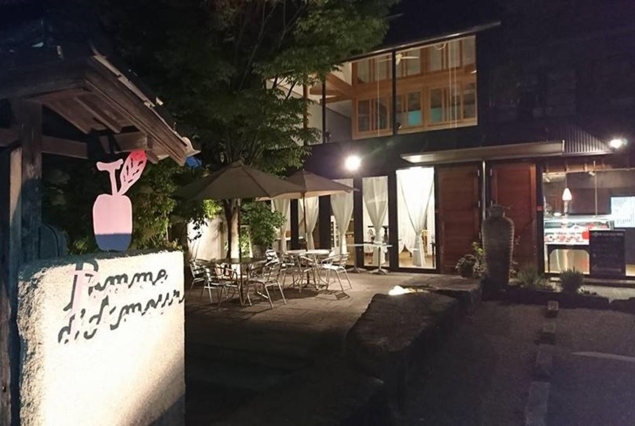 パリの空気が流れるような...滋賀県彦根市立花町の「ポム・ダムール」