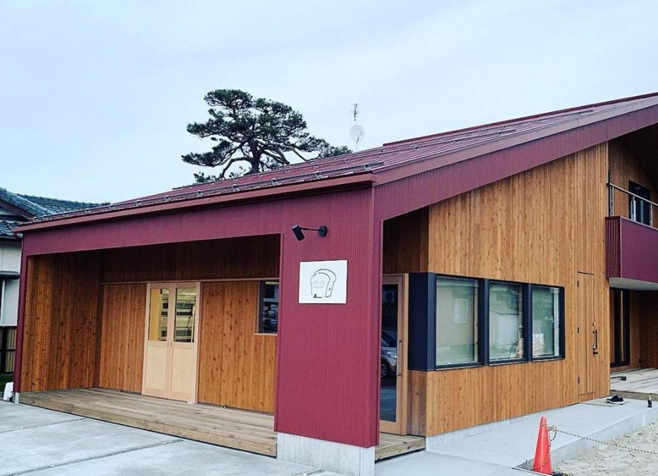 赤い屋根が目印...新潟県新発田市城北町2丁目に「ぱろぱとベーカリー」本日プレオープン