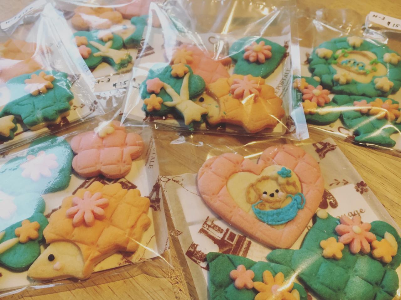 アトリエマロンさまのカラークッキーが届きました♪