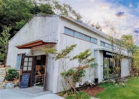 お茶工場をリノベーション...静岡県島田市大代に複合施設「U2KANAYA」9/23オープン