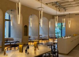 くつろぎを体験できるカフェレストラン...大阪市北区神山町に「カミヤマロビー」オープン
