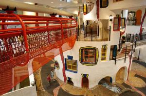 遊んで学べるこどものための博物館...大阪府大阪市北区扇町の「キッズプラザ大阪」