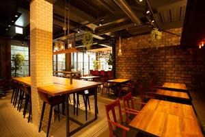南平台で幸せのひとときを。渋谷にベーカリー&ビストロ「セブンクローバー」10月オープン予定!