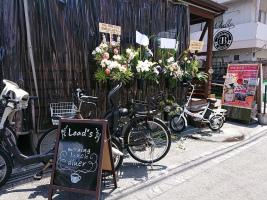 東淀川区豊新5丁目にパンケーキのお店、カフェ&バー『リーズ』が昨日オープンされたようです。。。