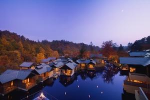 長野県北佐久郡の温泉旅館『星のや軽井沢』