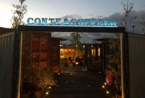 コンテナをくりぬいたカフェ...和歌山県岩出市西野に「コンテアンドコーヒー」プレオープン
