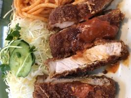 富山市の洋食&定食屋 不二軒