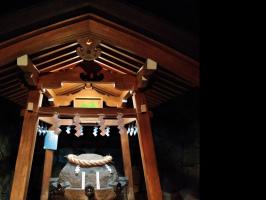 薬井戸(狭井神社)