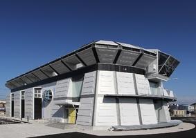 フィギュア製造工場...高知県南国市大そね甲に「海洋堂スペースファクトリーなんこく」3/21オープン