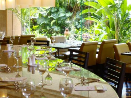 47201沖縄ハーバービューホテル ガーデンレストラン プランタン