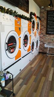 40216la3laundry(コインランドリー)