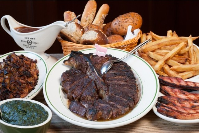 """<div>創業130年NY発ステーキハウスの最高峰が恵比寿に上陸!</div> <div>「Peter Luger Steak House Tokyo」10月14日グランドオープン!</div> <div>ドライエイジングビーフの伝説のステーキ専門店。。</div> <div>https://tabelog.com/tokyo/A1303/A130302/13258435/</div> <div>https://goo.gl/maps/qasrczEcfvx75iBdA</div> <div>https://www.instagram.com/peterluger_steakhouse_tokyo/</div> <div><iframe src=""""https://www.facebook.com/plugins/post.php?href=https%3A%2F%2Fwww.facebook.com%2FPeterLugerSteakHouseTokyo%2Fposts%2F192241032991868&show_text=true&width=500"""" width=""""500"""" height=""""721"""" style=""""border: none; overflow: hidden;"""" scrolling=""""no"""" frameborder=""""0"""" allowfullscreen=""""true"""" allow=""""autoplay; clipboard-write; encrypted-media; picture-in-picture; web-share""""></iframe></div> <div></div><div class=""""news_area is_type01""""><div class=""""thumnail""""><a href=""""https://tabelog.com/tokyo/A1303/A130302/13258435/""""><div class=""""image""""><img src=""""https://tblg.k-img.com/resize/640x640c/restaurant/images/Rvw/159339/159339925.jpg?token=a20bd64&api=v2""""></div><div class=""""text""""><h3 class=""""sitetitle"""">Peter Luger Steak House Tokyo (恵比寿/ステーキ)</h3><p class=""""description""""> ■創業130年NYブルックリン発 ステーキハウスの最高峰ブランド ■予算(夜):¥20,000~¥29,999</p></div></a></div></div> ()"""