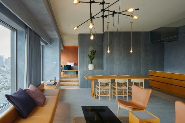 "<p>『sequence MIYASHITA PARK』8/1オープン</p> <p>公園・商業施設・宿泊施設が一体化した新しいミクストユース型ホテル。</p> <p>住所:東京都渋谷区神宮前6-20-10</p> <p>https://bit.ly/3g5SfEI</p> <p>https://www.instagram.com/sequence_miyashitapark/</p><div class=""news_area is_type01""><div class=""thumnail""><a href=""https://bit.ly/3g5SfEI""><div class=""image""><img src=""https://scontent-nrt1-1.xx.fbcdn.net/v/t1.0-9/116155935_143610574076008_2211018279668507553_n.jpg?_nc_cat=104&_nc_sid=dd9801&_nc_ohc=324an2U5ZTkAX8RIDRt&_nc_ht=scontent-nrt1-1.xx&oh=00d7f2d552bebc4857efdfe349017aaf&oe=5F45DAF3""></div><div class=""text""><h3 class=""sitetitle"">sequence Miyashita PARK</h3><p class=""description"">sequence Miyashita PARKさんがカバー写真を変更しました。</p></div></a></div></div> ()"