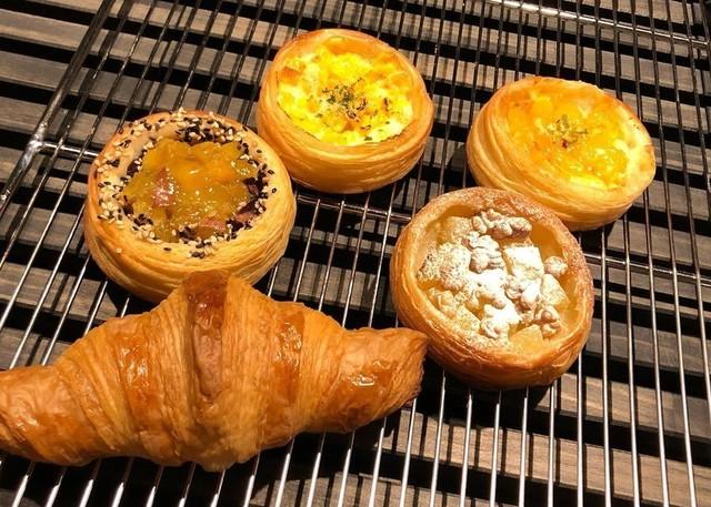 <div>Boulangerie「Doux_Fleurs」9/15オープン</div> <div>安心・安全・美味しいパンで、</div> <div>暮らしにささやかな幸せをお届けできたら。</div> <div>https://www.instagram.com/doux_fleurs/</div> ()